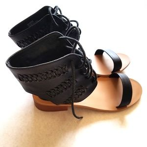 Forever 21 Lace Up Sandals Black Size 5.5